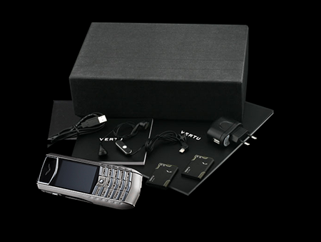 Комплектация телефона Vertu Ascent Ti Black