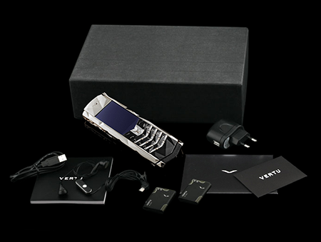 Комплектация телефона Vertu Boucheron 150 White Gold
