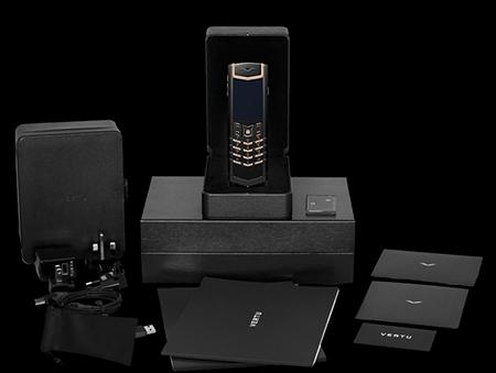 Комплектация телефона Vertu Signature S Design Pure Black Red Gold Exclusive